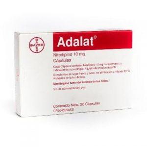 Adalat Cap 10mg dự phòng cơn đau thắt ngực: Đau thắt ngực do cố gắng, đau thắt ngực tự phát (bao gồm đau thắt ngực Prinzmetal) : dùng đường uống, điều trị cơn cao huyết áp: Ngậm dưới lưỡi.