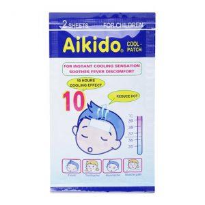 Miếng dán hạ sốt Aikido Gel Cool Patch 6 miếng giúp làm mát lạnh tự nhiên, hấp thu nhiệt và phát tán nhiệt khi được dán vào cơ thể. Vì vậy, rất an toàn cho trẻ em và hiệu quả trong việc hỗ trợ chữa triệu chứng sốt nóng, say nắng, ngăn ngừa các cơn co giật ở trẻ.