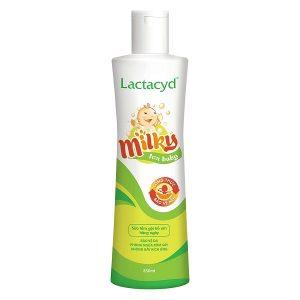 Sữa tắm gội Lactacyd Milky chứa thành phần hoàn toàn tự nhiên Lactic Acid và Lactoserum chiết xuất từ sữa giúp duy trì màng bảo vệ tự nhiên trên da, bảo vệ bé khỏi các kích ứng và viêm nhiễm trên da. Đồng thời, công thức giàu Vitamin và khoáng chất có trong Lactacyd Milky còn giúp giúp nuôi dưỡng sâu bên trong, giúp da và tóc bé luôn mềm mịn.
